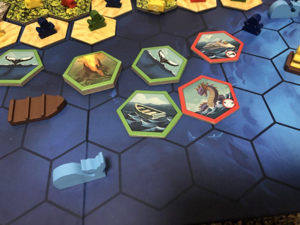 ボードゲーム『アイランド』の盤面上にタイルが置かれている画像